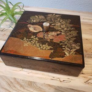 Vintage Midcentury Otagiri Japanese Lacquer Box